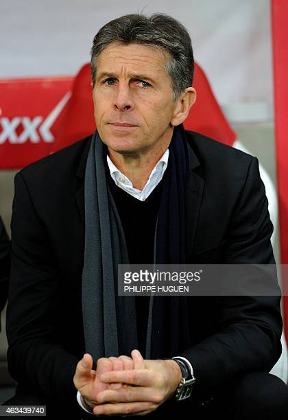 Nice's French coach Claude Puel looks on during the French L1 football match between Lille and Nice on February 14 2015 at the Pierre Mauroy Stadium...