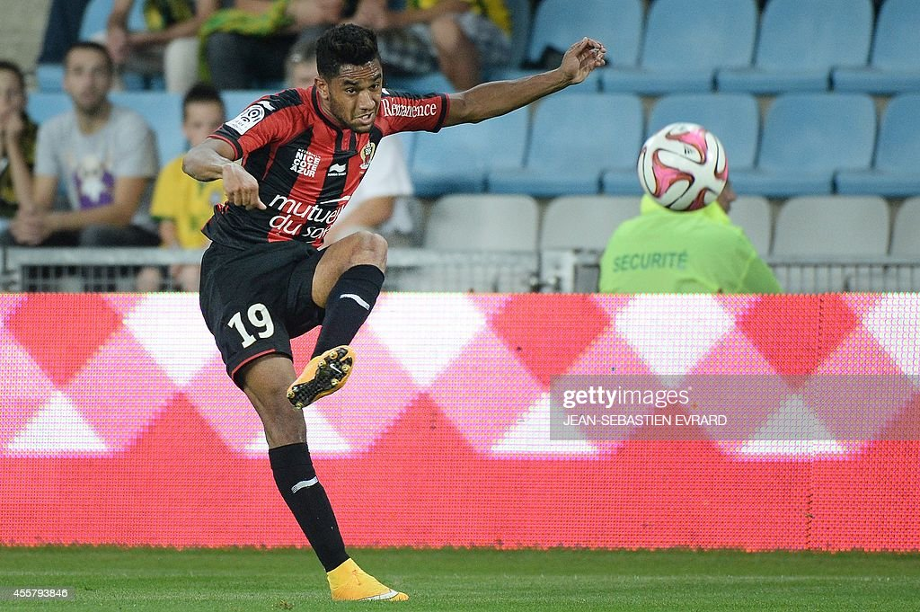 FBL-FRA-LIGUE1-NANTES-NICE : News Photo