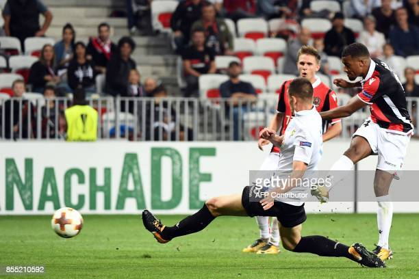 Nice's French forward Alassane Plea scores a goal during the UEFA Europa League group K football match between Nice and Vitesse Arnhem at the Allianz...