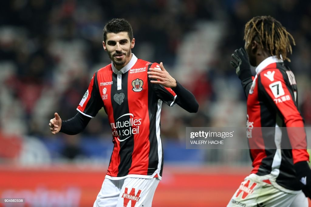 FBL-FRA-LIGUE1-NICE-AMIENS : News Photo