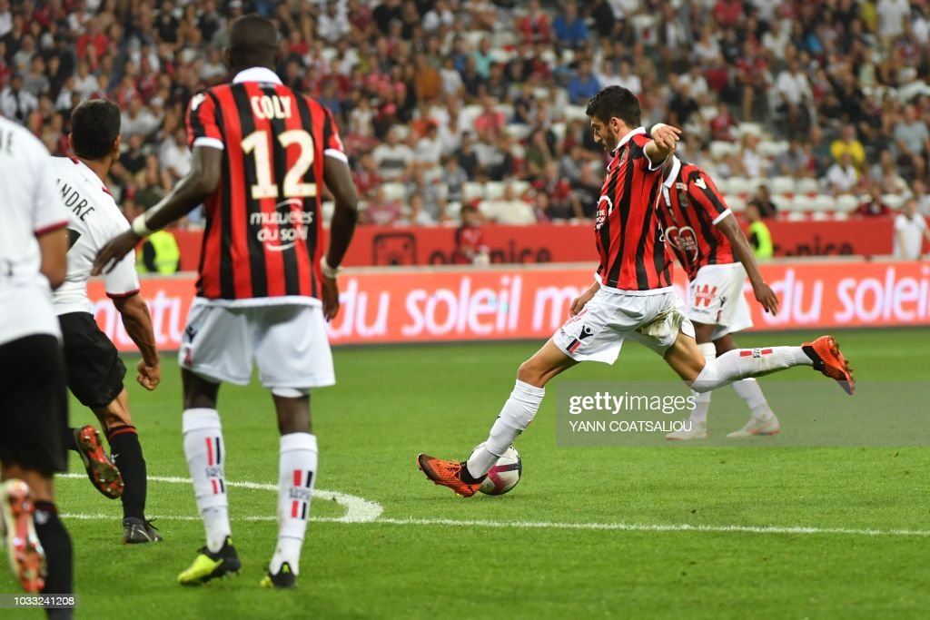 Nice's French midfielder Pierre Lees-Melou shoots to score his team's second goal during the French L1 football match between Nice and Rennes at The 'Allianz Riviera' Stadium in Nice, southern France on September 14, 2018.