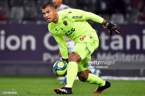 Nice's goalkepper Walter Benitez clears the ball during the French L1 football match between Toulouse Football Club and OGC Nice at the Municipal...