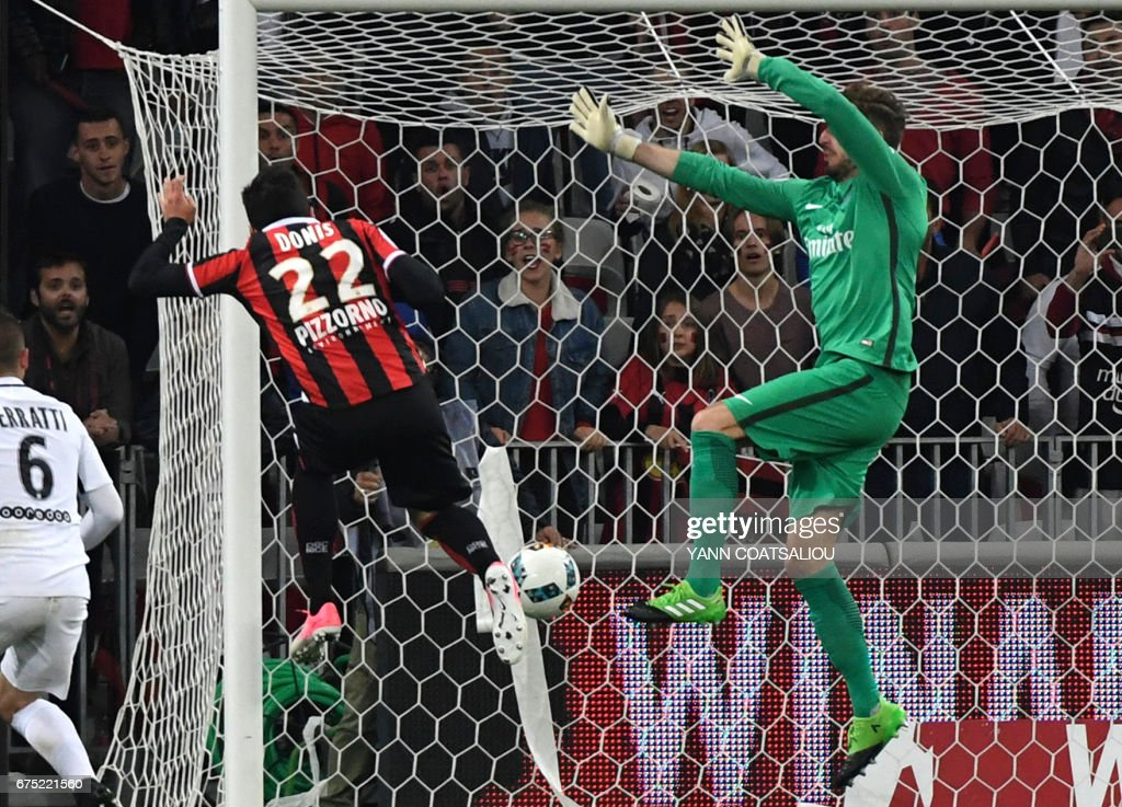 Nice's Greek forward Anastasios Donis scores a goal during the French L1 football match Nice (OGCN) vs Paris Saint Germain (PSG) on April 30, 2017 at the 'Allianz Riviera' stadium in Nice, southeastern France. / AFP PHOTO / Yann COATSALIOU