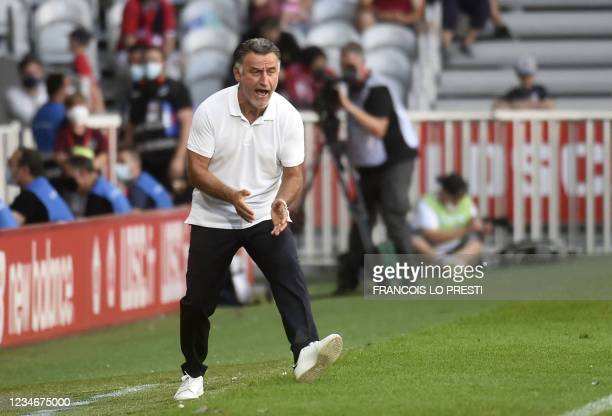 Nice's head coach Christophe Galtier gestures during the French L1 football match between Lille and Nice on August 14, 2021 at the Pierre Mauroy...