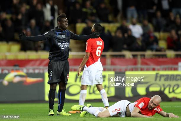 Nice's Italian forward Mario Balotelli celebrates after scoring during the French L1 football match Monaco vs Nice on January 16 2018 at the 'Louis...