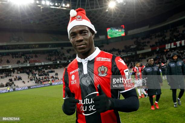 Nice's Italian forward Mario Balotelli celebrates at the end of the French L1 football match Nice vs Bordeaux on December 17 2017 at the 'Allianz...