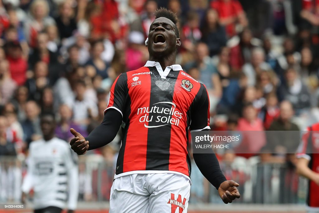 Nice's Italian forward Mario Balotelli reacts during the French L1 football match Nice versus Rennes on April 8, 2018 at the Allianz Riviera Stadium in Nice, southeastern France. /