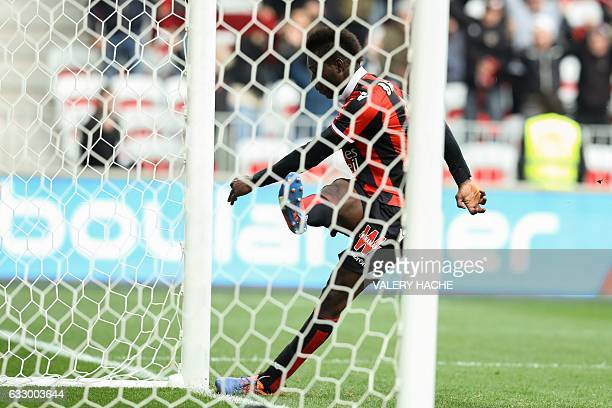 Nice's Italian forward Mario Balotelli scores a goal during the French L1 football match Nice vs Guingamp on January 29 2017 at the Allianz Riviera...