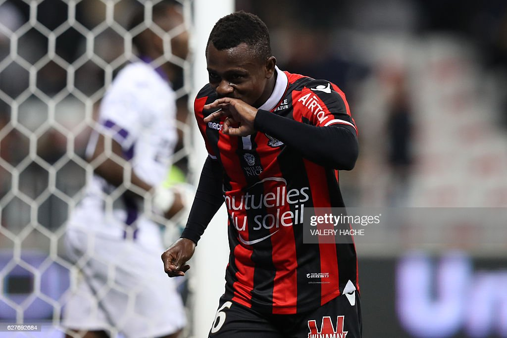 FBL-FRA-LIGUE1-NICE-TOULOUSE : News Photo