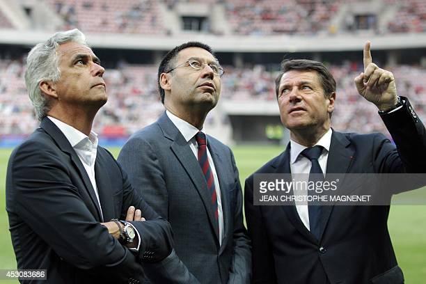 Nice's president JeanPierre Rivere Barcelona's president Josep Maria Bartomeu and Nice's Mayor Christian Estrosi look on prior to a friendly football...