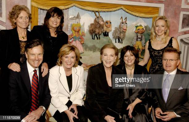 Nicholas Hammond Heather Menzies Julie Andrews Angela Cartwright and Duane Chase Charmian Carr Debbie Turner and Kym Karath