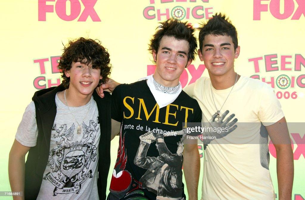8th Annual Teen Choice Awards - Arrivals : News Photo