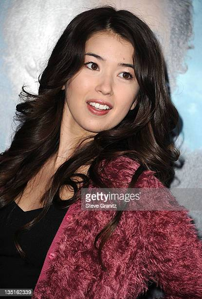 Nichole Bloom Attends The Los Angeles Premiere Of Sherlock Holmes A Game Of Shadows