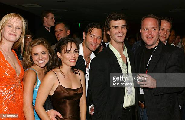 Nicholle Tom, Christine Lakin, Amy Jo Johnson, Christopher Jaymes, Eric Michael Cole and guest