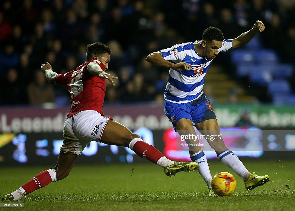 Nick Blackman of Reading scores an injury goal to win the game during the Sky Bet Championship match between Reading and Bristol City on January 2, 2016 in Reading, United Kingdom.