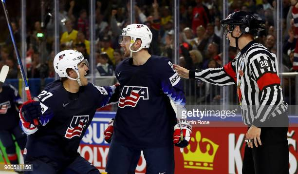 Nick Bonino of the United States celebrate with team mate Anders Lee after he scores the 2nd goal over Canada during the 2018 IIHF Ice Hockey World...