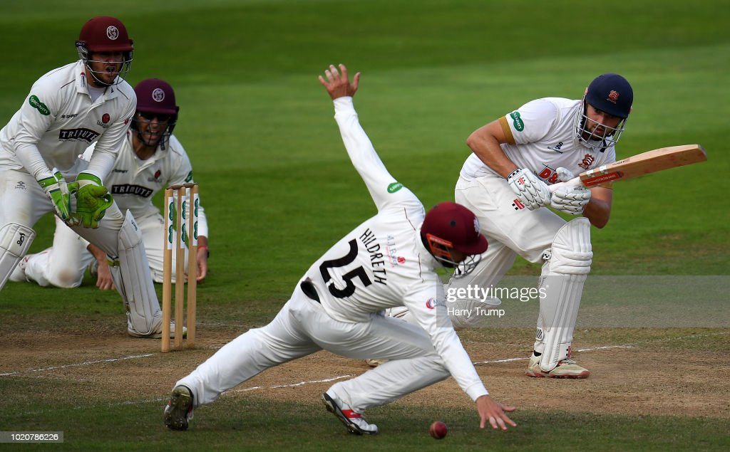 Somerset v Essex - Specsavers County Championship: Division One