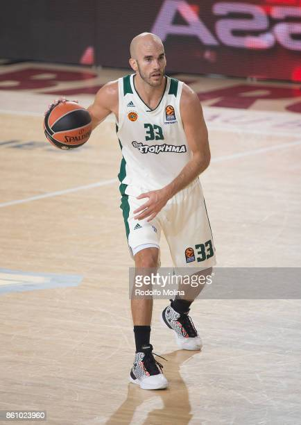 Nick Calathes #33 of Panathinaikos Superfoods Athens in action during the 2017/2018 Turkish Airlines EuroLeague Regular Season Round 1 game between...