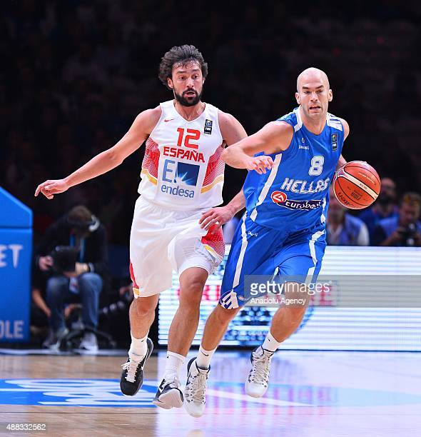 Nick Calathes of Greece vies against Spain's Sergio Llull during the EuroBasket 2015 Quarterfinal match between Spain and Greece at the Pierre Mauroy...