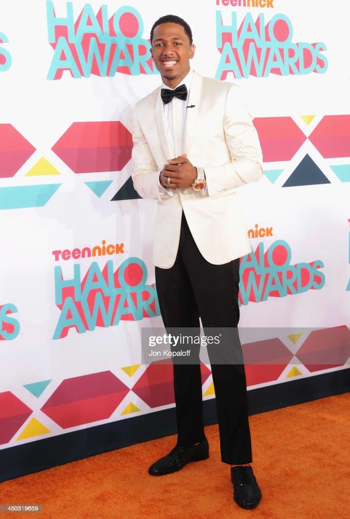 Nick Cannon arrives at the 2013 TeenNick HALO Awards at Hollywood Palladium on November 17, 2013 in Hollywood, California.