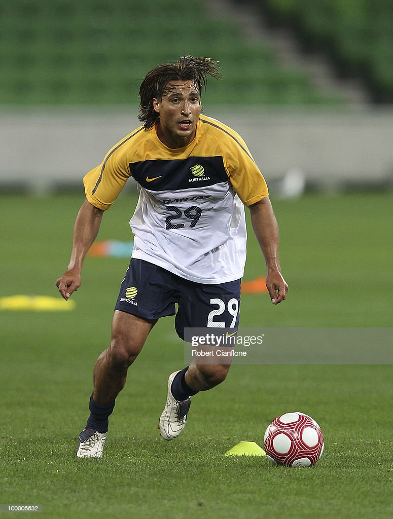 Nick Carle of Australia controls the ball during an Australian Socceroos training session at AAMI Park on May 20, 2010 in Melbourne, Australia.