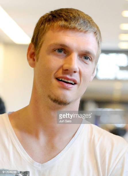 Nick Carter of Backstreet Boys arrives at Narita International Airport on September 28 2009 in Narita Chiba Japan