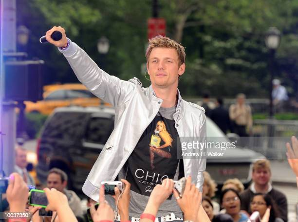 Nick Carter of the Backstreet Boys performs on CBS' The Early Show Summer Concert Series at the CBS Early Show Studio Plaza on May 24 2010 in New...