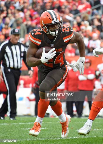 Nick Chubb of the Cleveland Browns carries the ball during the fourth quarter against the Kansas City Chiefs at FirstEnergy Stadium on November 4...