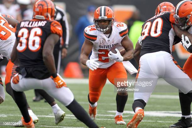 Nick Chubb of the Cleveland Browns carries the ball during the game against the Cincinnati Bengals at Paul Brown Stadium on November 25 2018 in...