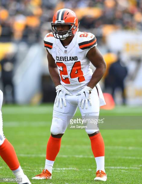 Nick Chubb of the Cleveland Browns in action during the game against the Pittsburgh Steelers at Heinz Field on October 28 2018 in Pittsburgh...