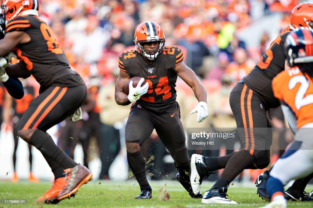 Cleveland Browns v Denver Broncos : Foto jornalística