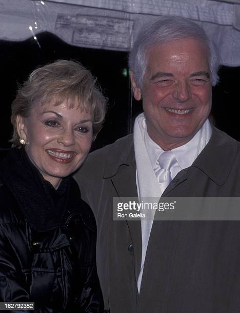 Nick Clooney and Nina Clooney attend the premiere of O Brother Where Art Thou on December 19 2000 at the Ziegfeld Theater in New York City