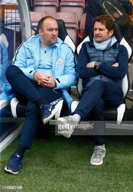 Nick Cushing manager of Manchester City WFC and Head Coach Joe Montemurro of Arsenal during Women's Super League match between Arsenal and Manchester...