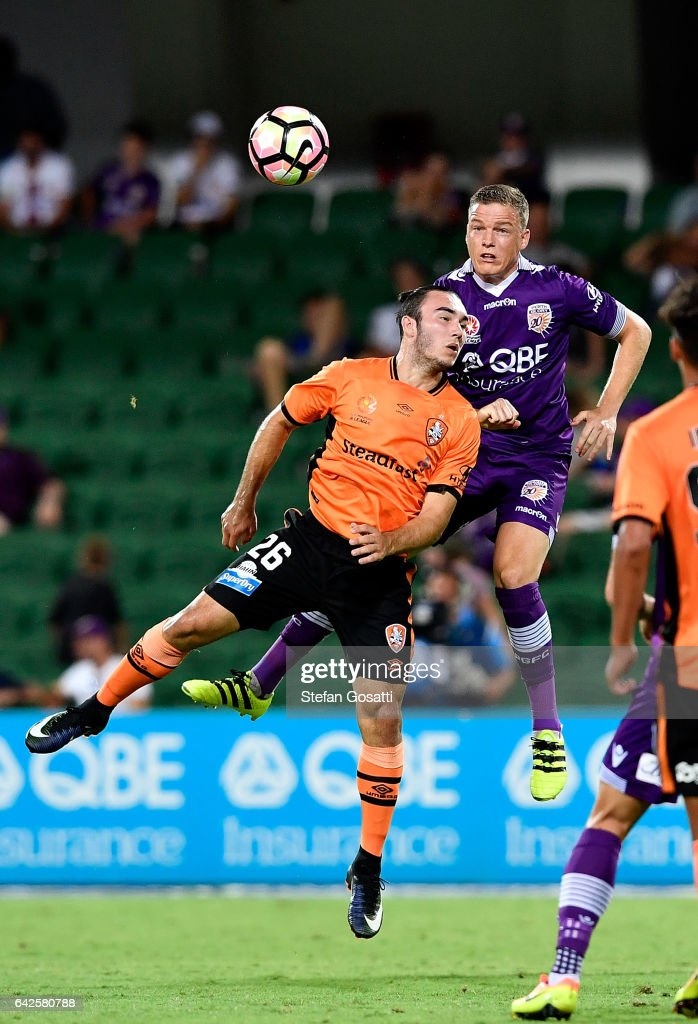 Nick D'Agostino of the Roar and Shane Lowry of the Glory contest the ball during the round 20 A-League match between Perth Glory and Brisbane Roar at nib Stadium on February 18, 2017 in Perth, Australia.