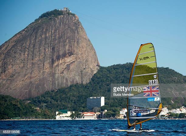 Nick Dempsey of Great Britain sails on the Pão de Açúcar course during the RSX Men´s Final Sailing as part of the Aquece Rio International Sailing...