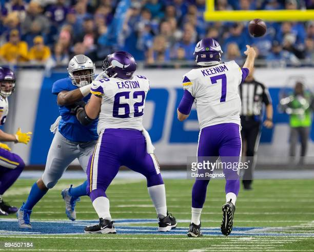 Nick Easton of the Minnesota Vikings blocks for quarterback Case Keenum during an NFL game against the Detroit Lions at Ford Field on November 23...
