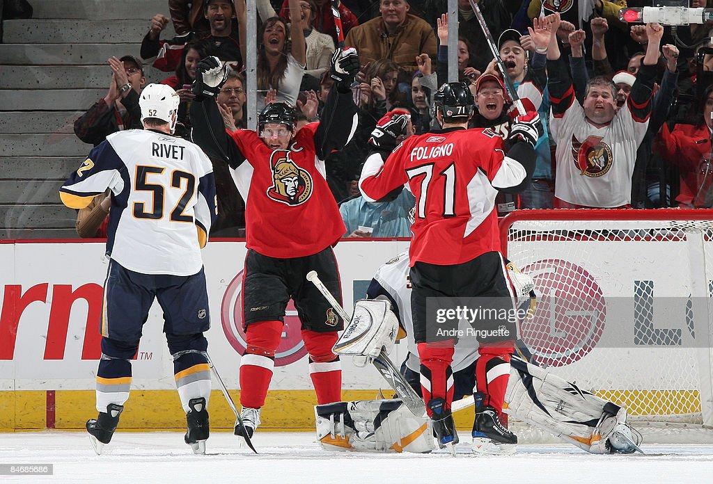 Buffalo Sabres v Ottawa Senators : Nachrichtenfoto