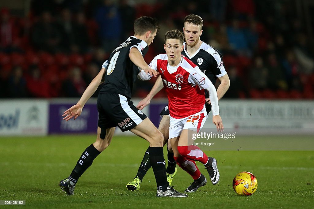 Fleetwood Town v Barnsley - Johnstone's Paint Trophy Northern Section Semi Final Second Leg : News Photo