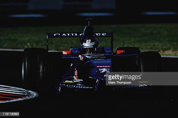 Nick Heidfeld drives the Gauloises Prost Peugeot Prost AP03 Peugeot 3.0 V10 during the Italian Grand Prix on 10th September 2000 at the Autodromo...