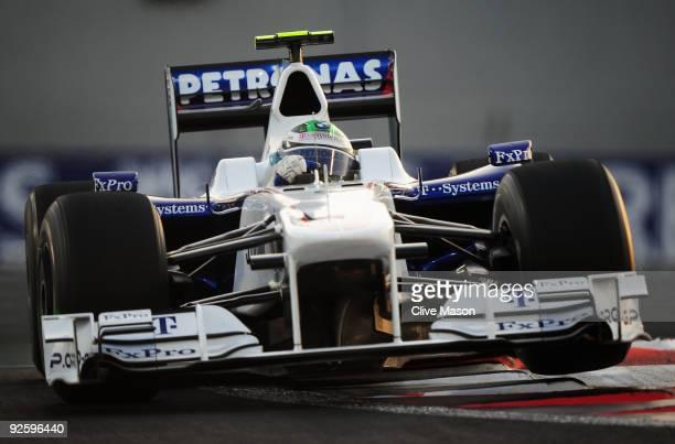 Nick Heidfeld of Germany and BMW Sauber drives during the Abu Dhabi Formula One Grand Prix at the Yas Marina Circuit on November 1, 2009 in Abu...