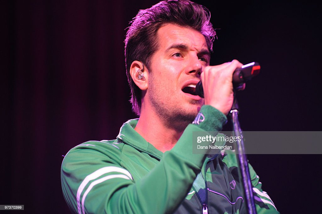 Nick Hexum of 311 performs at The Moore Theater on March 1, 2010 in Seattle, Washington.