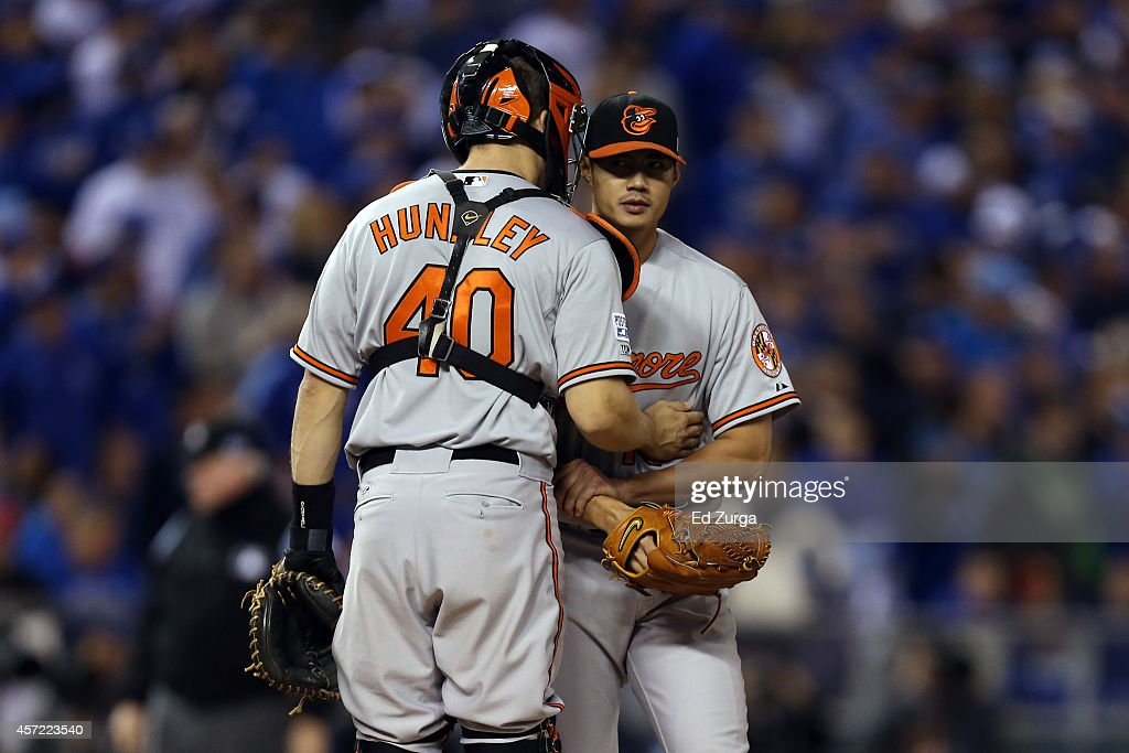ALCS - Baltimore Orioles v Kansas City Royals - Game Three : News Photo