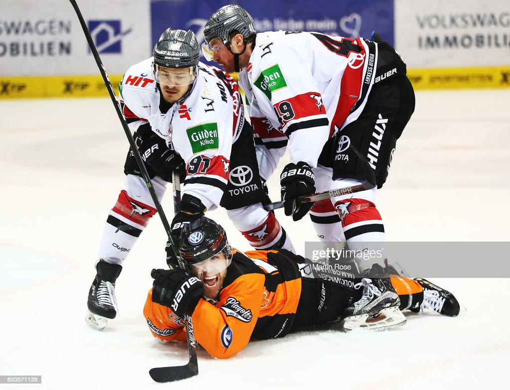 Grizzlys Wolfsburg v Koelner Haie - DEL Playoffs Quarter Final Game 4