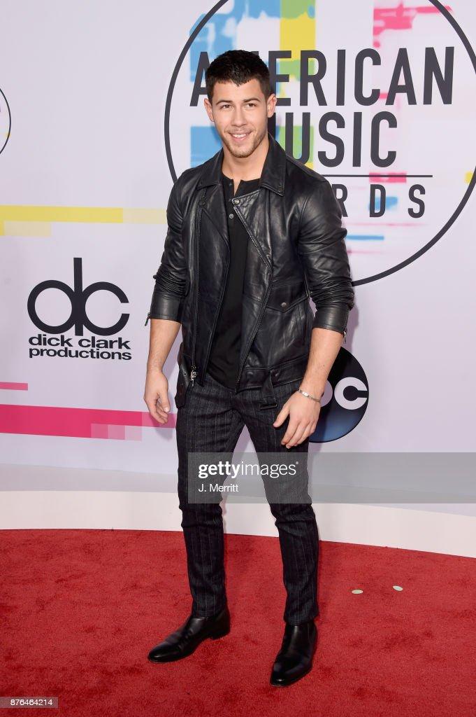 2017 American Music Awards - Arrivals : Photo d'actualité