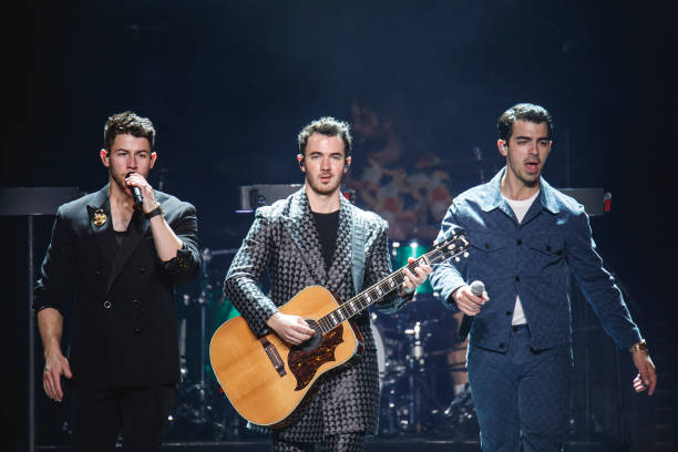 ESP: Jonas Brothers Concert In Barcelona