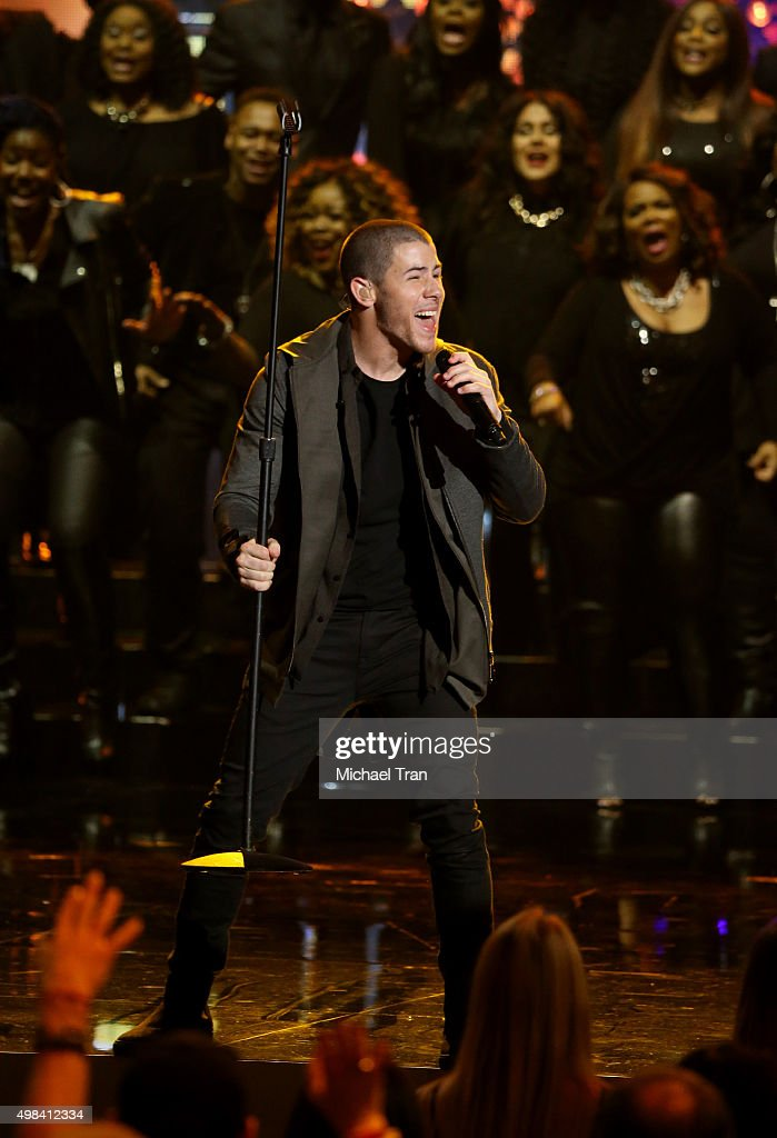 Nick Jonas performs onstage at the 2015 American Music Awards at Microsoft Theater on November 22, 2015 in Los Angeles, California.