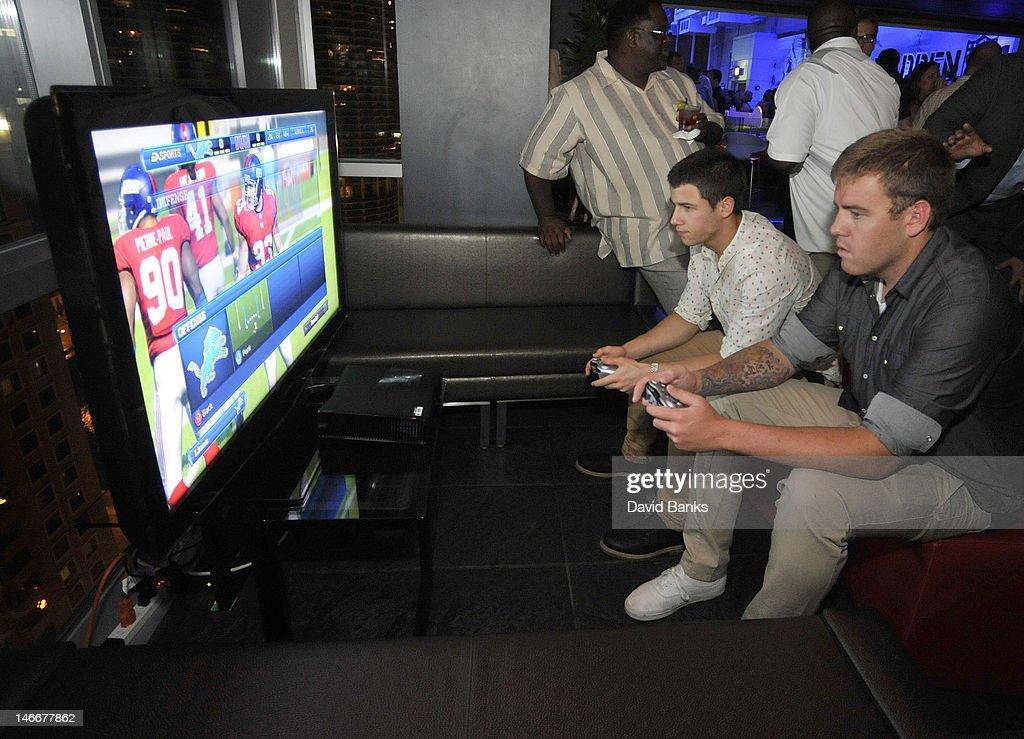 EA Sports Madden NFL 13 Pigskin Pro-Am Eve : News Photo