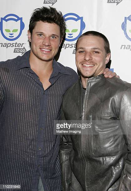Nick Lachey and Drew Lachey during Napster To Go Cafe Comes to Los Angeles with Free Digital Music and MP3 Player Giveaways at Mel's DriveIn in West...