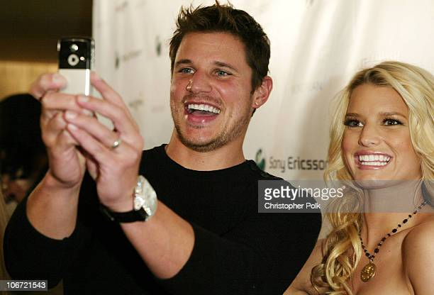 Nick Lachey and Jessica Simpson during Jessica Simpson and Nick Lachey Host Sony Ericsson T610/T616 Shoot for the Stars Charity Auction for the...