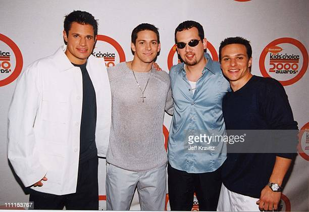 Nick Lachey Justin Jeffre Jeff Timmons and Drew Lachey of 98 Degrees